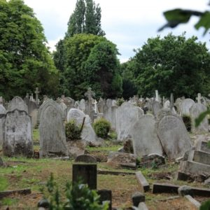 無縁墓と永代供養